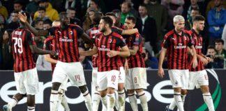 Para pemain Milan rayakan gol Suso ke gawang Betis. © AFP